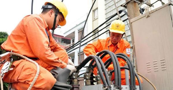 Tiêu thụ điện tăng kỷ lục, EVN vẫn bảo đảm cung ứng đủ điện - Hình 1