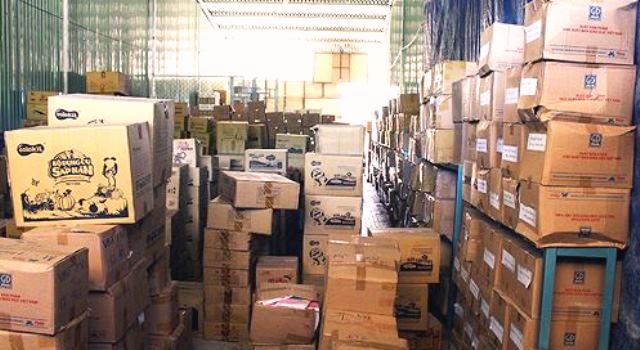 Bình Định: Tạm giữ hơn 72.000 cuốn sách giáo khoa nghi in lậu - Hình 2