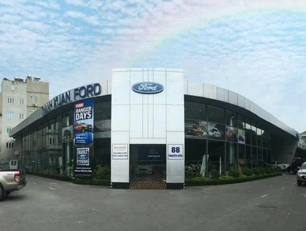 Để xe tại Xưởng Dịch vụ Ford Thanh Xuân, ô tô của khách hàng bỗng dưng bị hỏng hộp số? - Hình 1