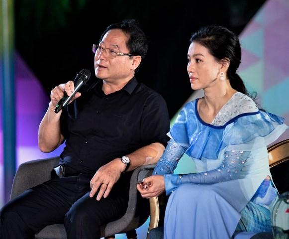 Hoa hậu Trần Tiểu Vy bật khóc trước dự án nhân ái của Miss World Việt Nam 2019 - Hình 1