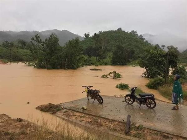 Tây Nguyên: 10 người thiệt mạng do mưa lũ - Hình 1