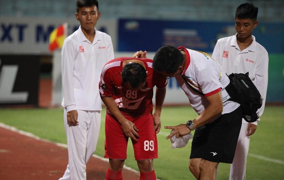 Rách cơ đùi, Trọng Hoàng 99% lỡ trận gặp Thái Lan - Hình 1
