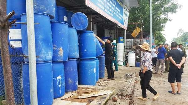 Vĩnh Phúc: Ra quân giải tỏa hành lang an toàn giao thông tuyến Quốc lộ 2 - Hình 2
