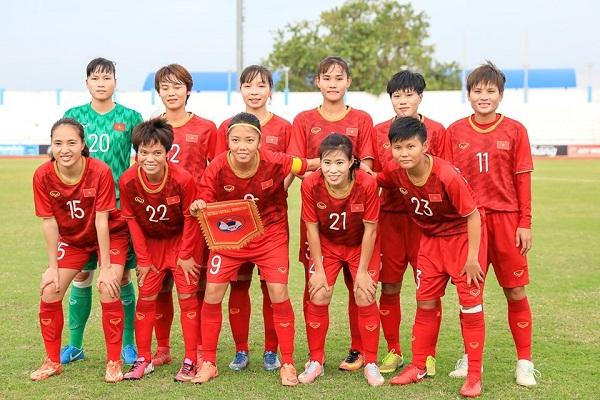 Đội tuyển nữ Việt Nam tung ra đội hình mạnh nhất trong trận đấu gặp đội tuyển nữ Thái Lan