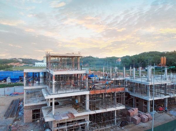 Dự án nằm tại vị trí trung tâm của khu hành chính mới thành phố Cao Bằng với vị trí chiến lược nằm ngay cạnh Sở Tài chính, Hải quan, Quảng trường thành phố…