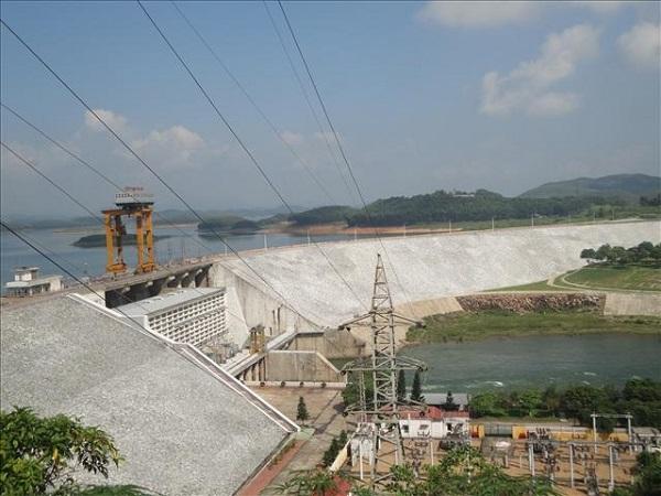 Công trình Thủy điện Thác Bà với nguồn vốn giúp đỡ của Liên Xô