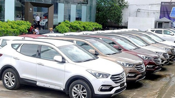 Bước sang tháng 10, thị trường ô tô giảm giá cả trăm triệu đồng