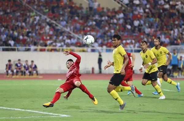 Quang Hải ghi bàn thắng duy nhất giúp ĐT Việt Nam giành chiến thắng trước ĐT Malaysia ngay trên sân vận động Mỹ Đình