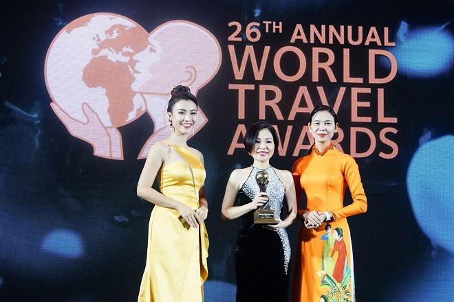 """FLC Hạ Long nhận giải """"Khách sạn Hội nghị hàng đầu châu Á"""""""