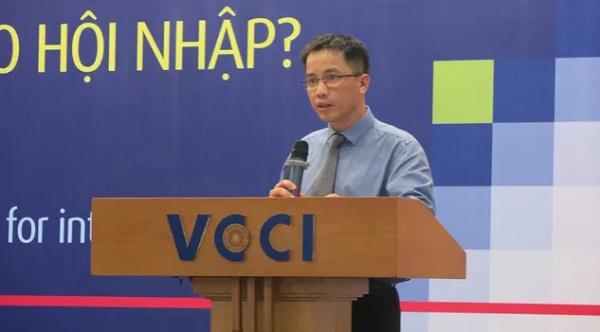 Ông Đậu Anh Tuấn, Trưởng ban Pháp chế, VCCI phát biểu tại hội thảo