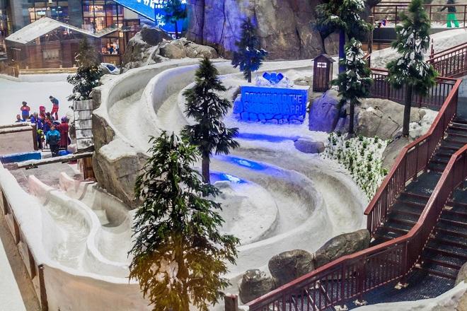 Ski Ninh Chữ Bay sẽ có những trải nghiệm tuyết tương tự Ski Dubai