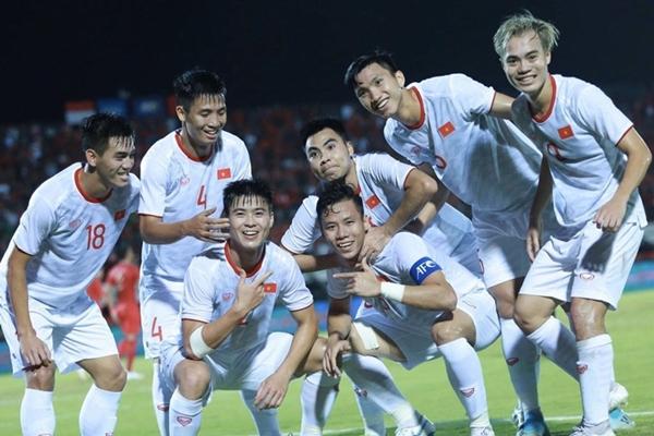 ĐT Việt Nam tăng 3 bậc trên bảng xếp hạng FIFA tháng 11/2019