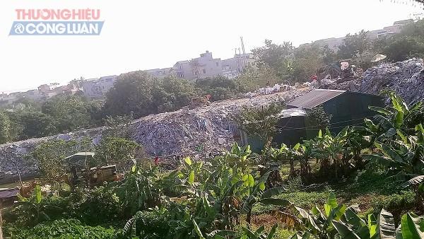 Cần xử lý nghiêm việc đổ phế thải trái phép tại xã An Thượng