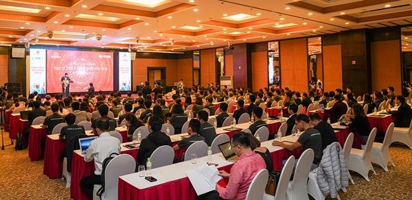 Toàn cảnh lễ trao học bổng của Quỹ Đổi mới sáng tạo Vingroup cho 160 thạc sỹ, tiến sỹ xuất sắc