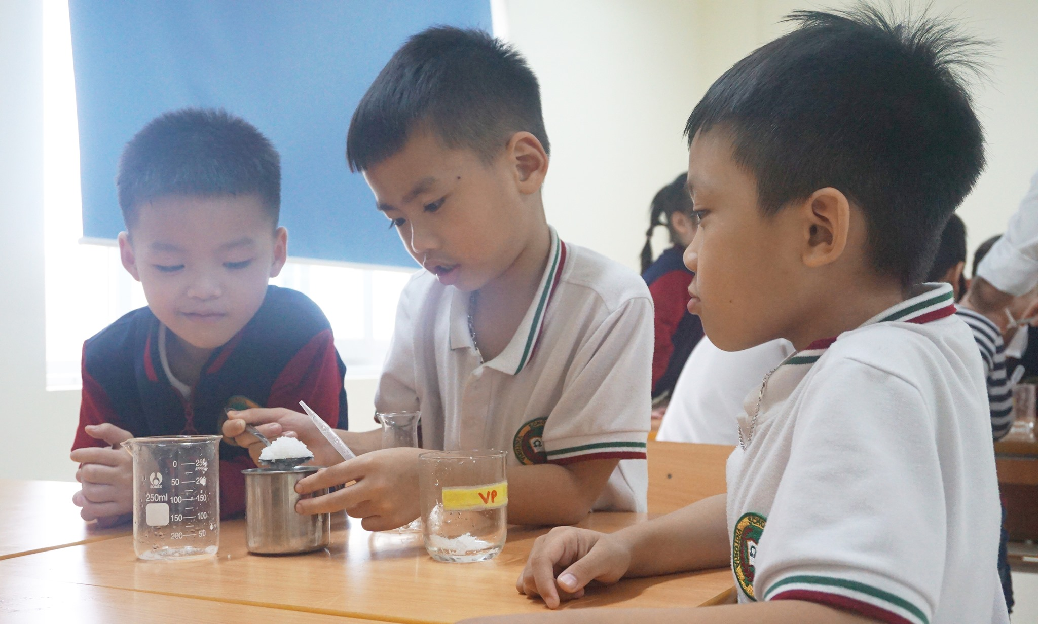 Những giờ dạy và học trực quan, thú vị ở Victoria Thăng Long