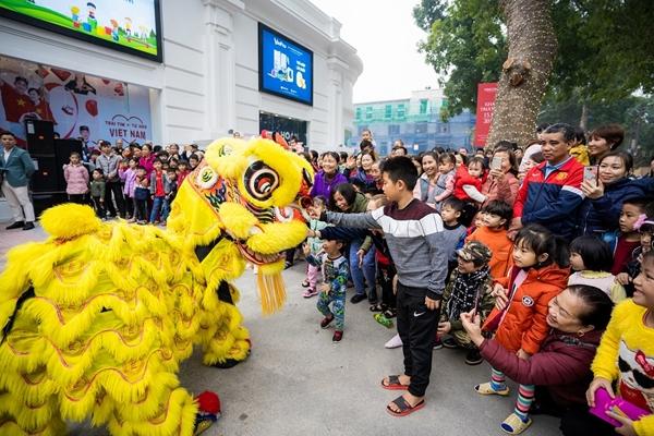 Các hoạt động khai trương Vincom+ Thị xã Phú Thọ đã mang lại không khí lễ hội sôi động cho nhiều gia đình trong dịp cuối tuần qua