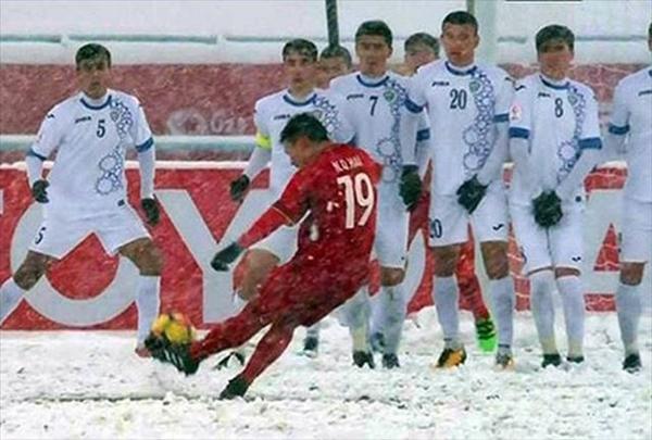 Quang Hải có một trong những khoảnh khắc đáng nhớ nhất lịch sử bóng đá Việt Nam