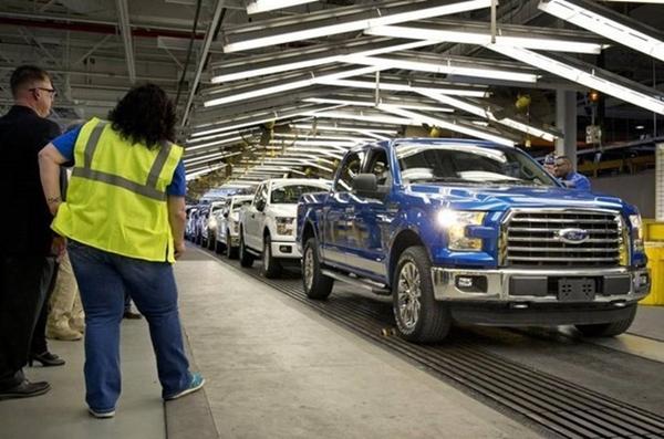 Một nhà máy lắp ráp ô tô của hãng Ford (Ảnh: The Kansas City Star)