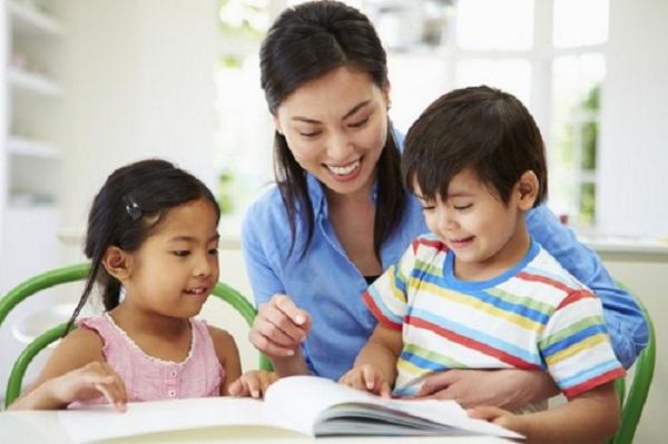 Thể hiện cho trẻ hiểu và cảm nhận trẻ đang được yêu thương, chăm chút bằng cả một tấm lòng trọn vẹn