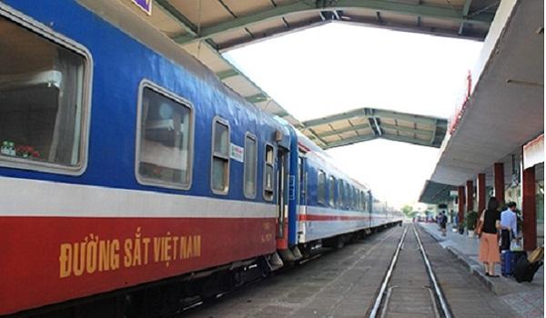 Từ ngày 16/3/2020, tạm dừng chạy 10 mác tàu đường sắt địa phương