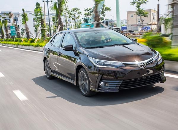 chương trình thu hồi để kiểm tra và thay thế cụm bơm khí của túi khí phía trước ghế hành khách trên xe Toyota Corolla