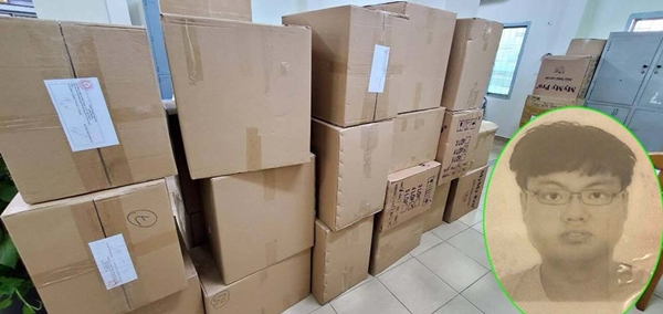 Low Han Xiang khai, mua khẩu trang của 1 người phụ nữ, không có hoá đơn chừng từ và chuyển sang Malaysia tiêu thụ