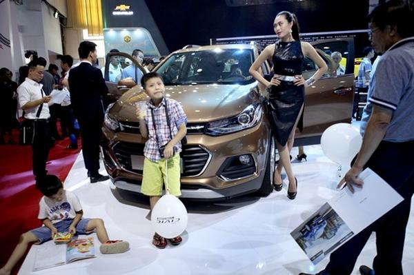 Nhu cầu mua ô tô giảm mạnh do dịch bệnh Covid-19