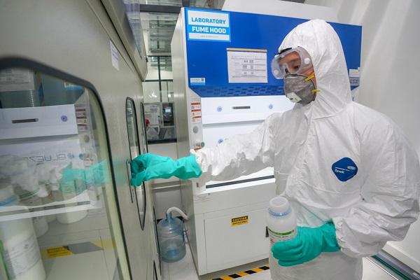 Bên trong các phòng Lab nghiên cứu hiện đại, tối tân của Nhà máy VinSmart (Tập đoàn Vingroup)
