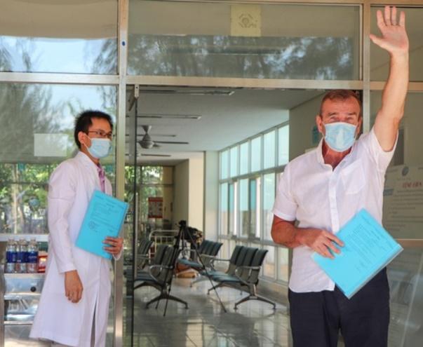 Bệnh nhân thứ 57 mang quốc tịch Anh bị mắc Covid-19 đã được xuất viện, sau 21 ngày điều trị