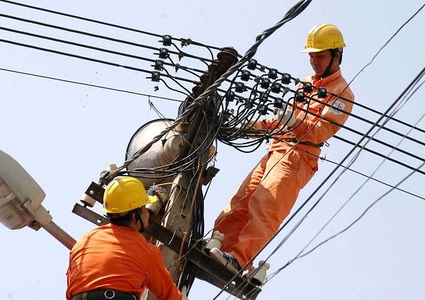 Ước tính, tổng số tiền điện hỗ trợ giảm cho các khách hàng sử dụng điện là gần 11.000 tỷ đồng