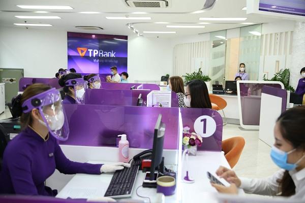 TPBank miễn nhiều loại phí hỗ trợ doanh nghiệp