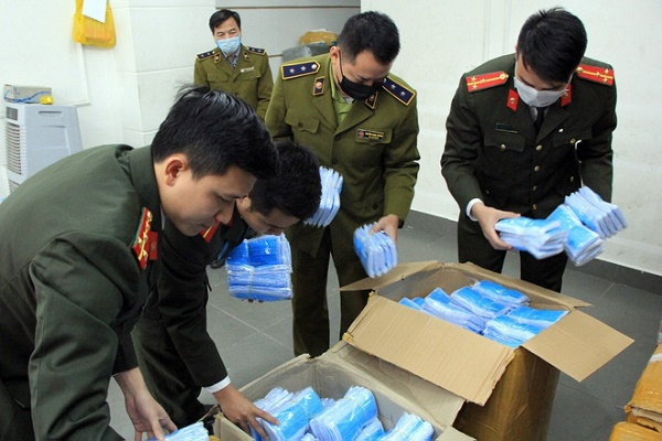 Tăng cường phòng, chống buôn lậu khẩu trang y tế, thiết bị y tế