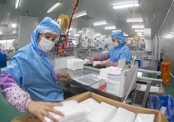 Bãi bỏ quy định cấp phép xuất khẩu với khẩu trang y tế