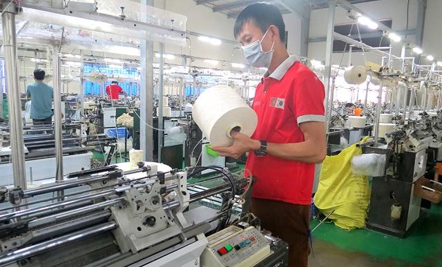 Đảm bảo an toàn sức khỏe người lao động, giữ nhịp sản xuất