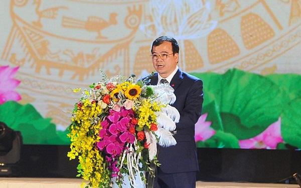 Ông Nguyễn Minh Hùng, Bí thư Thị ủy Kinh Môn