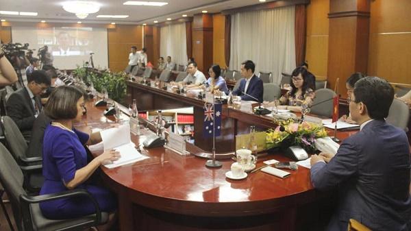 Bộ trưởng Trần Tuấn Anh đã có buổi hội đàm trực tuyến với Bộ trưởng Thương mại, Du lịch và Đầu tư Úc Simon Birmingham