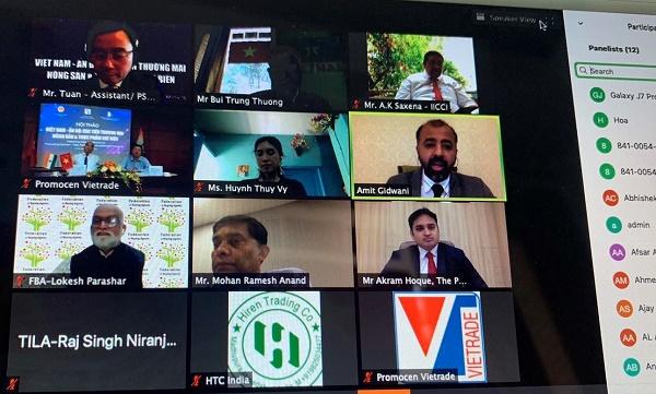 Các diễn giả tham gia chia sẻ ý kiến tại hội thảo