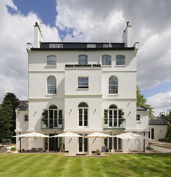 Ngôi nhà hoàn hảo để Rihanna cư trú di chuyển giữa London và Paris