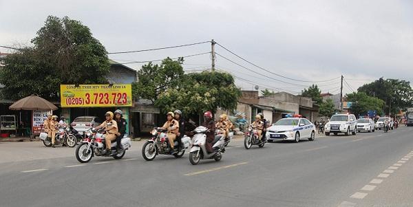 ngày 15/5/2020, lực lượng Cảnh sát giao thông toàn tỉnh đã đồng loạt tổ chức lễ ra quân
