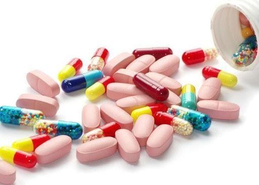 Sử dụng thuốc có thể gây tác dụng phụ