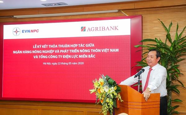 Ông Tiết Văn Thành - Tổng giám đốc Agribank phát biểu tại buổi Lễ