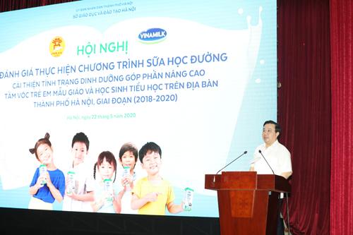Ông Chử Xuân Dũng, Giám đốc Sở GD&ĐT Hà Nội phát biểu chỉ đạo tại Hội nghị.