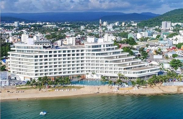 Khách sạn Seashell xây dựng không phép, sai phép 2 khối tầng áp mái.