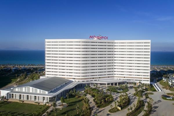 Movenpick Resort Cam Ranh tọa lạc tại Bãi Dài, Cam Ranh – 1 trong 10 bãi biển đẹp nhất hành tinh
