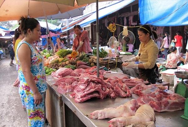 Trên thị trường, giá lợn hơi hiện nay dao động từ 94.000-96.000 đồng/kg