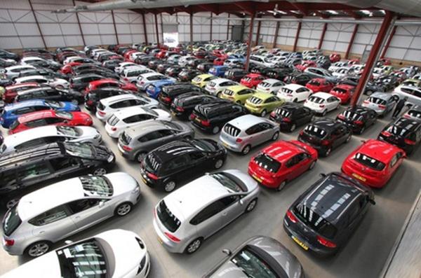 Giá xe ô tô cũ sẽ giảm sâu