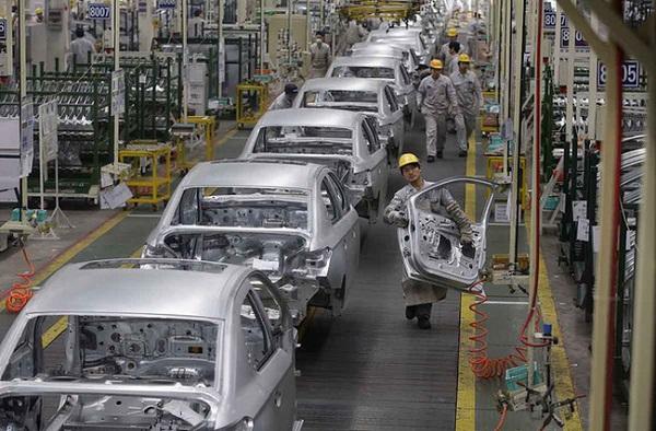 Giảm 50% phí trước bạ ôtô sản xuất, lắp ráp trong nước.