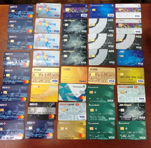 Thẻ ATM giả