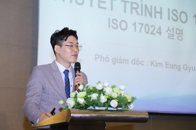 Ông Kim Eung Gyu, Phó Giám đốc Công ty TNHH Dabins giới thiệu về dự án