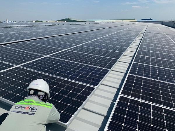 Thủ tướng ý kiến về thông tin doanh nghiệp Thái thâu tóm các dự án điện mặt trời tại Bình Phước